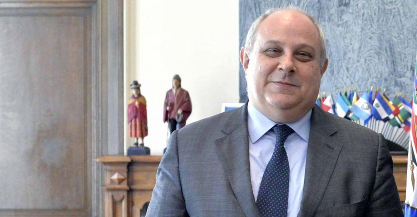 Mario Giro DemoS